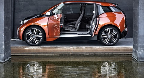 Bmw I3 Electric Car Launched Electric Corby